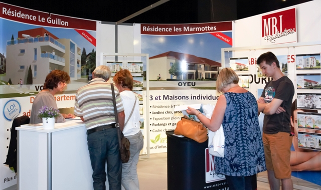 Stand mbj realisations salon immobilier de voiron for Logic immo salon de provence